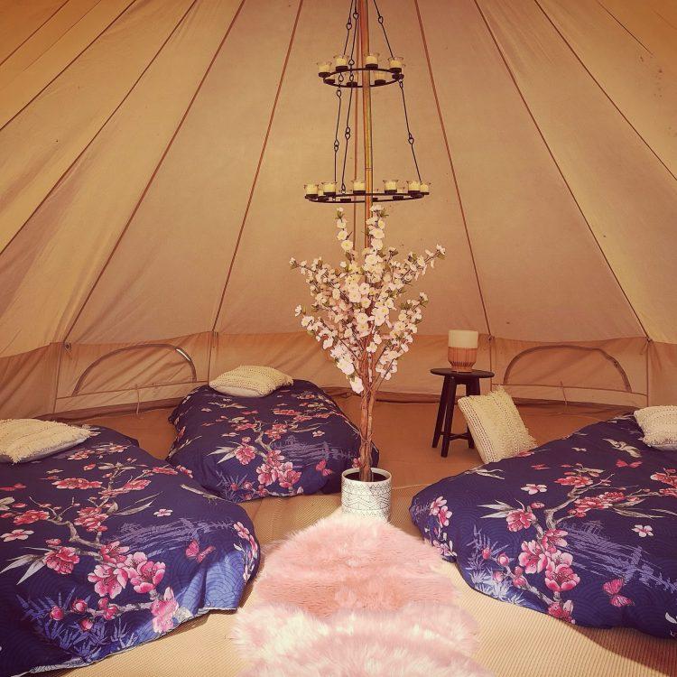 Adorabell Glamping flower tent